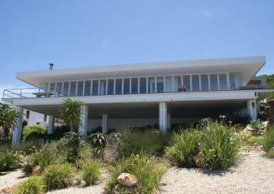 Fabricator Scallans Aluminium Project-Residential Blue Horizon Bay -Crealco Vistafold